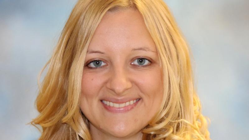 Dr. Jessica Heselschwerdt photo