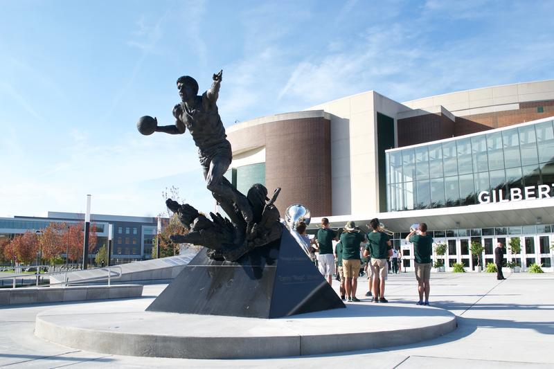 Statue of Magic Jordan