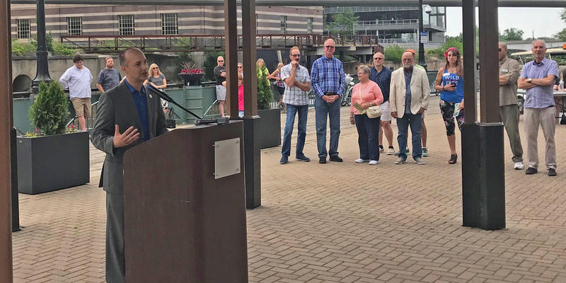 Lansing Mayor Andy Schor addresses crowd during opening of ARTpath 2018