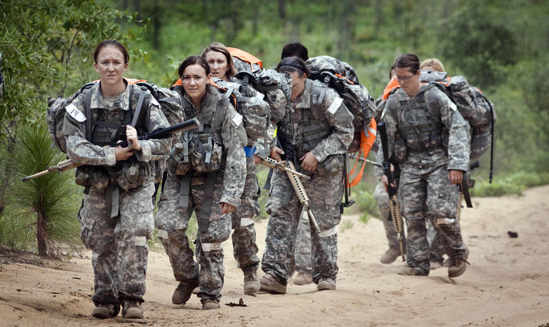 Female soldiers photo