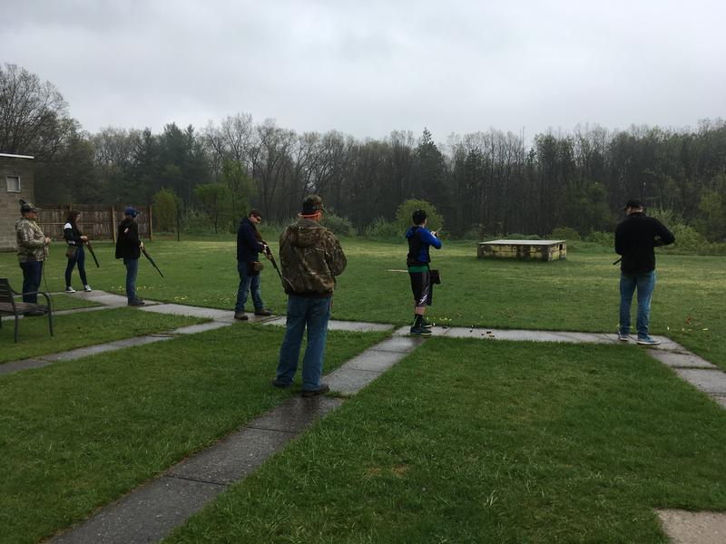 Olivet clay target shooting team photo
