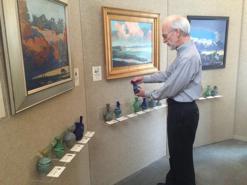 Roy Saper in 2016, with Hebron glass
