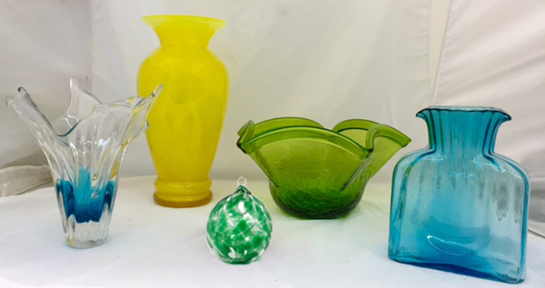 five pieces of glassware