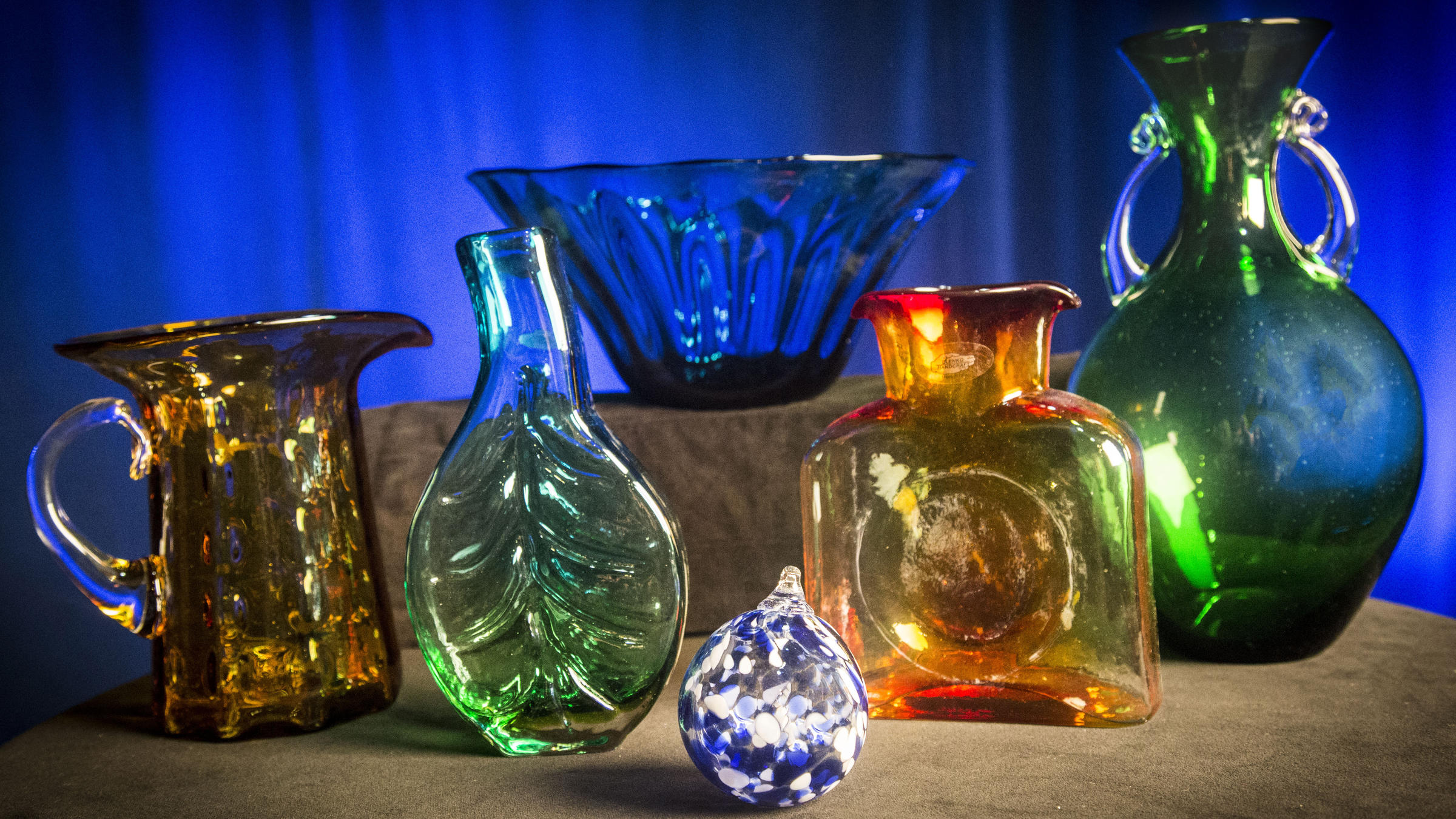 Blenko glass behind the scenes wkar as a thank you for your gift of support to wkar we are pleased to offer many choices of blenko glassware reviewsmspy