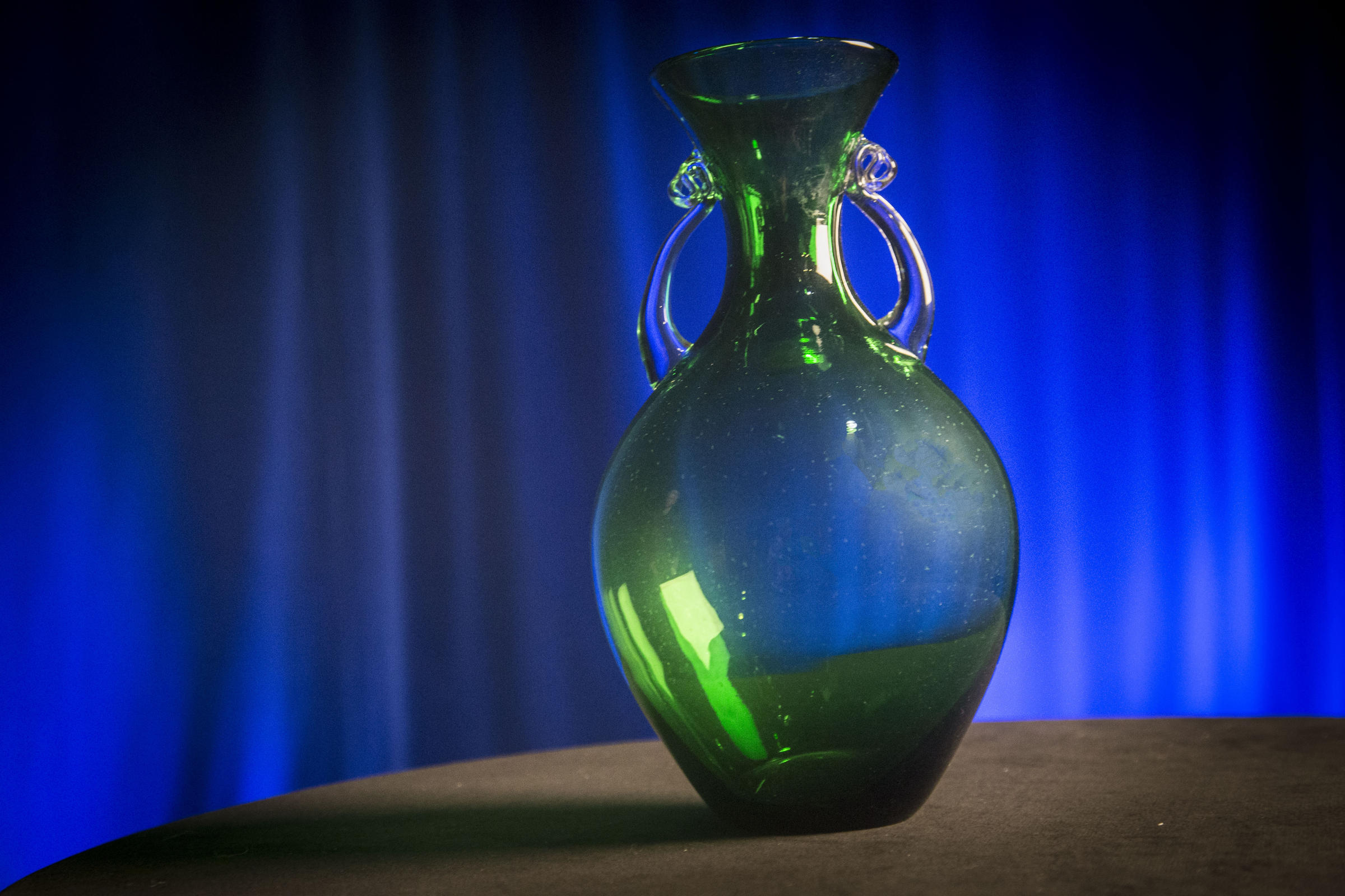 Blenko glass behind the scenes wkar the blenko exclusive clover vase with crystal handles available with a gift of 365 or more reviewsmspy