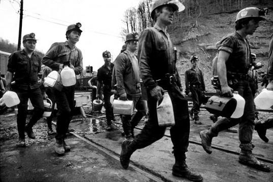 Archival photo of Kentucky coal miners headed to work.