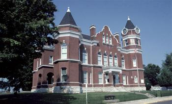 Fulton County Courthouse in Hickman