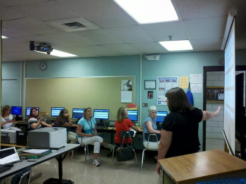 Mechelle Gattis leads a group of GCHS teachers through an example of the in-class quiz tool.