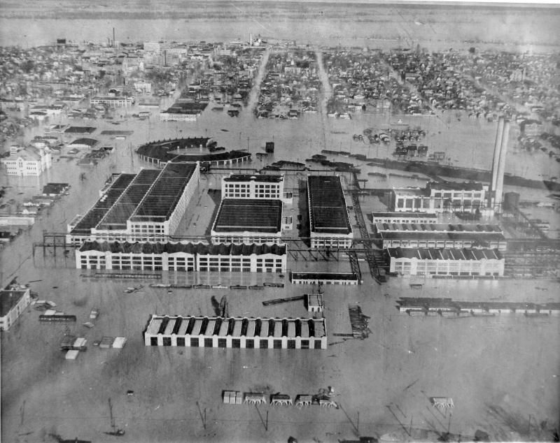 The factory during the 1937 Paducah Flood.