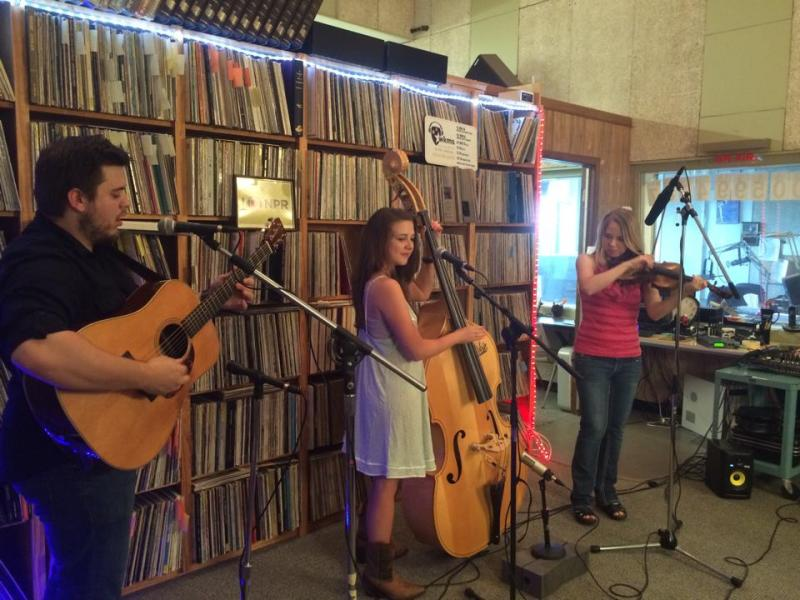 Vickie Vaughn Band Play Live in Studio B