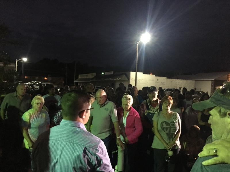 Big Sandy residents gather for Sonny Melton prayer vigil