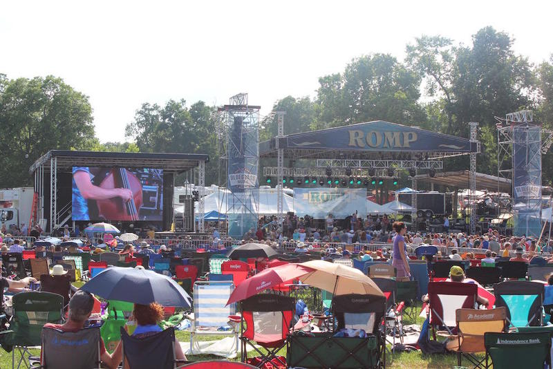 The Saturday afternoon crowd at ROMP Festival at Yellow Creek Park, June 30, 2018