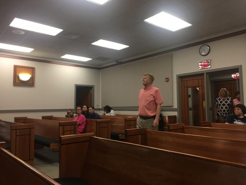 Graves Co. Sheriff Dewayne Redmon enters the Christian County Circuit Courtroom on Wednesday, Sept. 5.