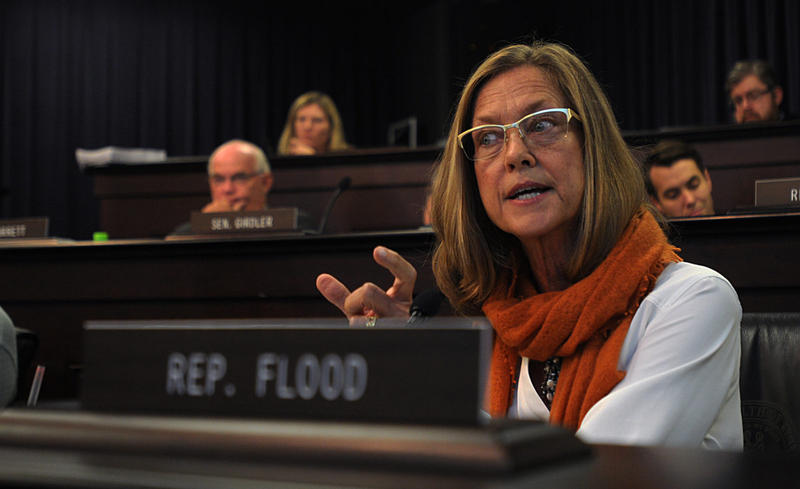 Representative Barton Photos >> Kentucky Lawmaker Proposes Explicit Ban On Statehouse Harassment | WVXU