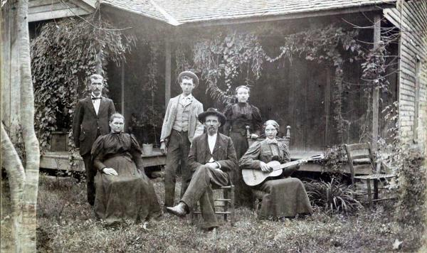 CSA Solider and Family