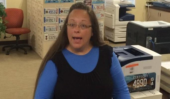 Kentucky Clerk Now Fighting Gay Marriage in Romania