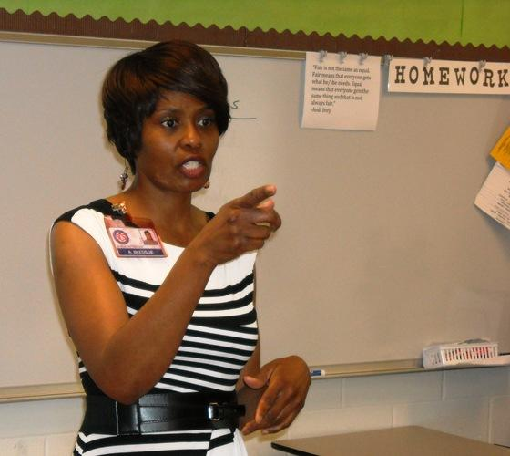 Alisa Bledsoe teaches a lesson at Highland Oaks Middle School.
