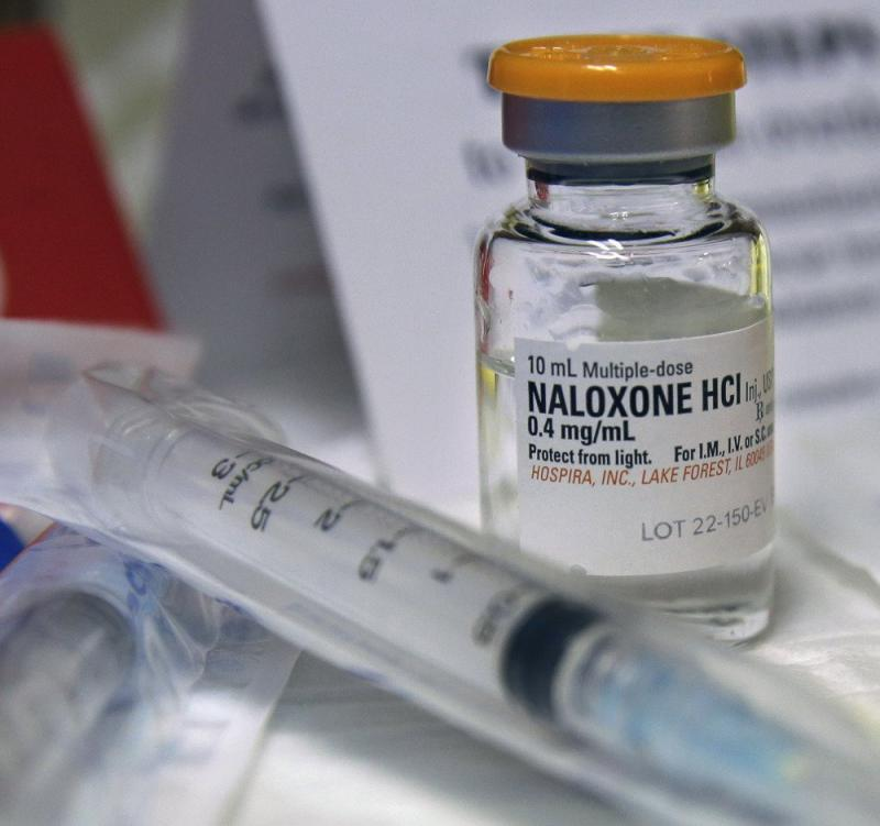 photo of naloxone