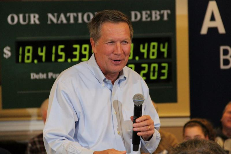 Photo of Gov. Kasich in New Hampshire