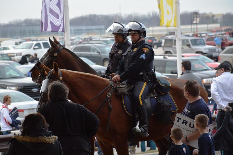photo of Cleveland police