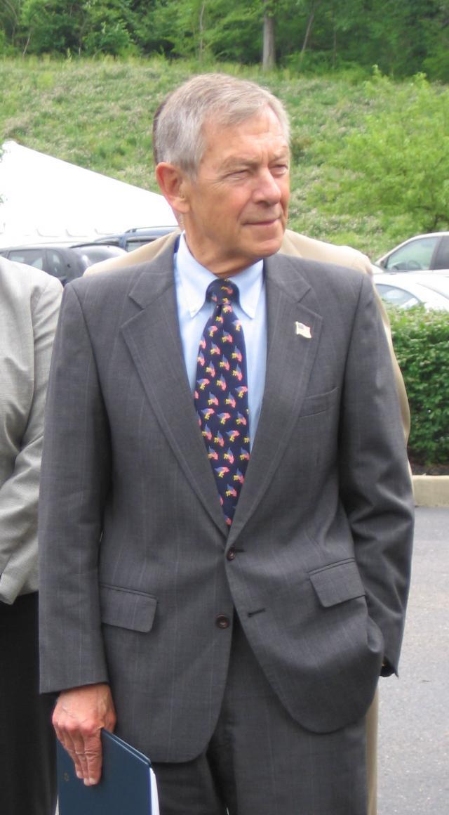 photo of George Voinovich