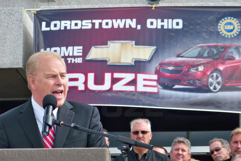 Strickland at Lordstown Cruze launch