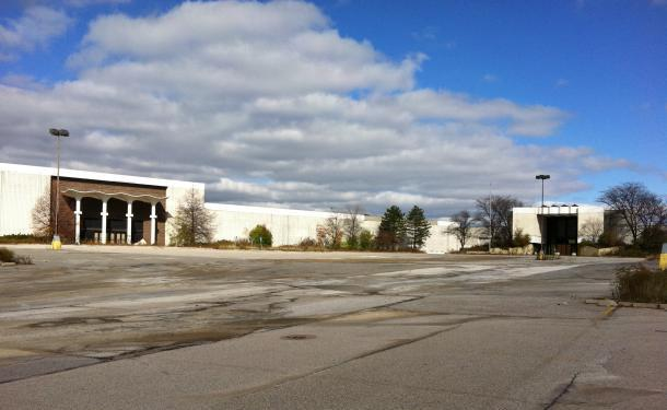 Randal Park Mall after closing