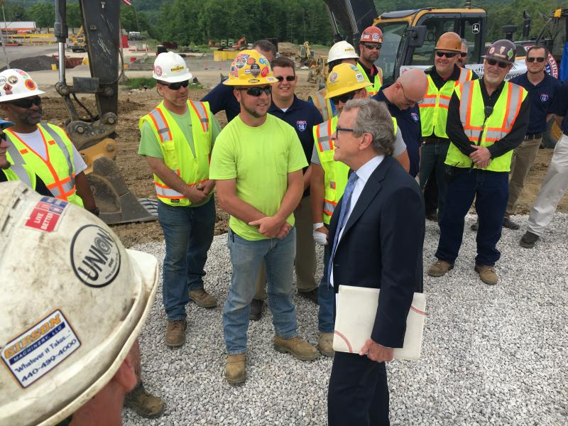photo of Mike DeWine with union members