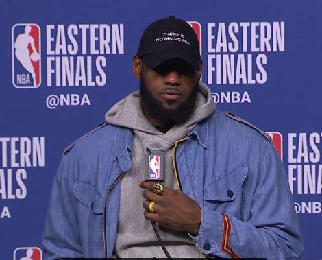 PHOTO OF LEBRON JAMES PRESS CONFERENCE