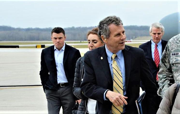 Sherrod Brown at Ohio military installation