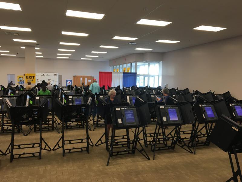 photo of voting