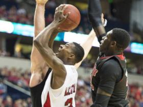 The Toppers are now 8-5 after the loss to U of L.