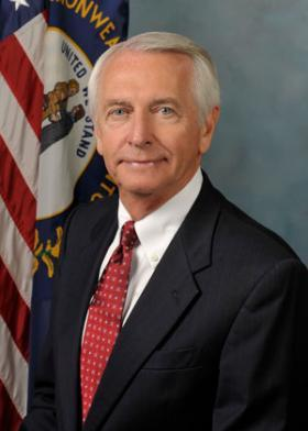 Gov. Steve Beshear has the authority to override the decision to reject new science standards for Kentucky's public schools.