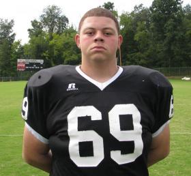 John Hardin High School defensive tackle Matt Elam