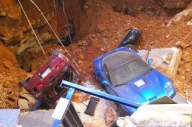 Eight Corvettes fell into a sinkhole that opened up beneath the National Corvette Museum in Bowling Green.