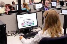 An operator at a Kynect call center