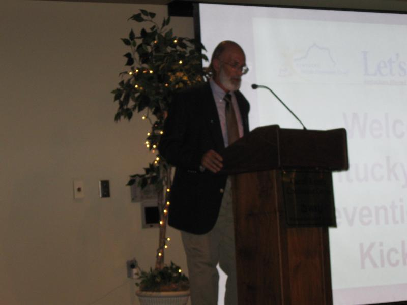QPR Trainer Bob Robey addresses a recent suicide prevention meeting at  WKU.