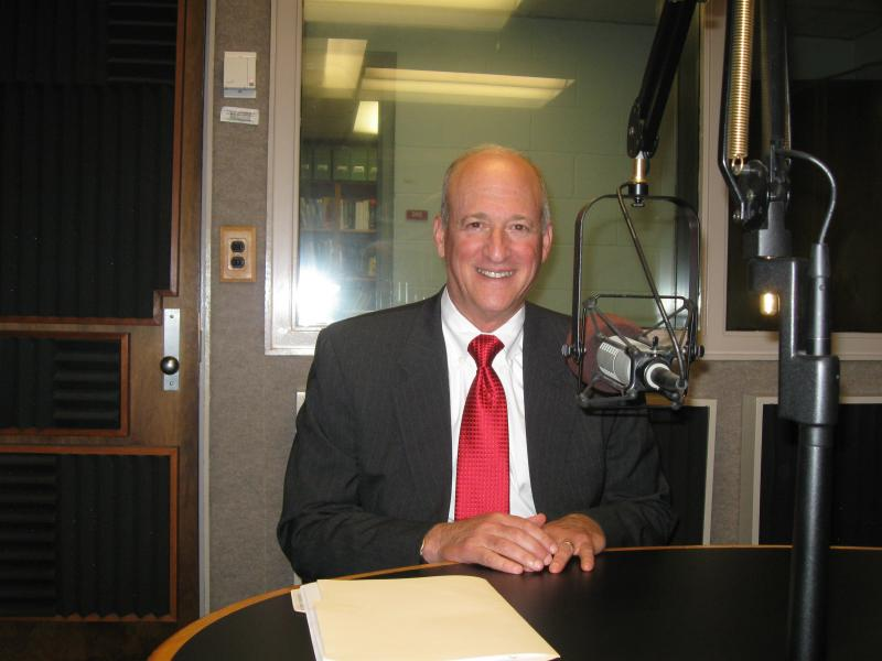 CPE President Bob King visits the studios at WKU Public Radio