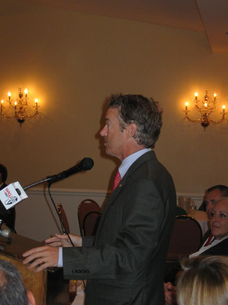 Senator Rand Paul speaks to the Bowling Green Noon Rotary Club