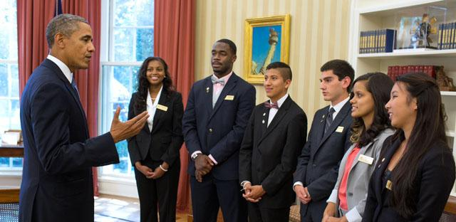 RaShaan Allen (second from left) meets President Barack Obama inside the Oval Office