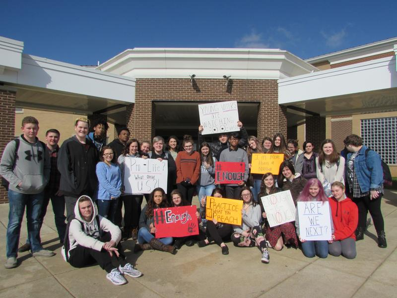 More than 100 students at South Warren High School took part in the 17-minute walkout to honor the 17 victims of the school shooting in Parkland, Florida.