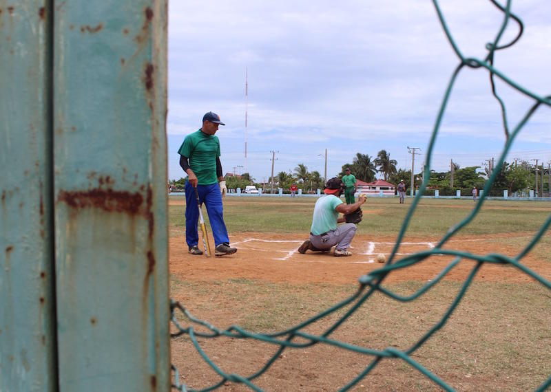 A community softball game in Cienfuegos
