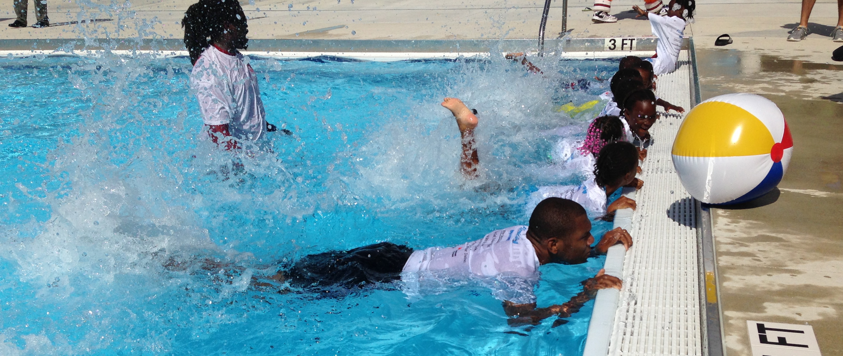 Kids Go Swimming With The Miami Heat 39 S James Jones Wlrn