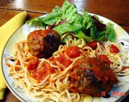 Danny DeVito inspired this quick Spaghetti and Meatballs dinner.