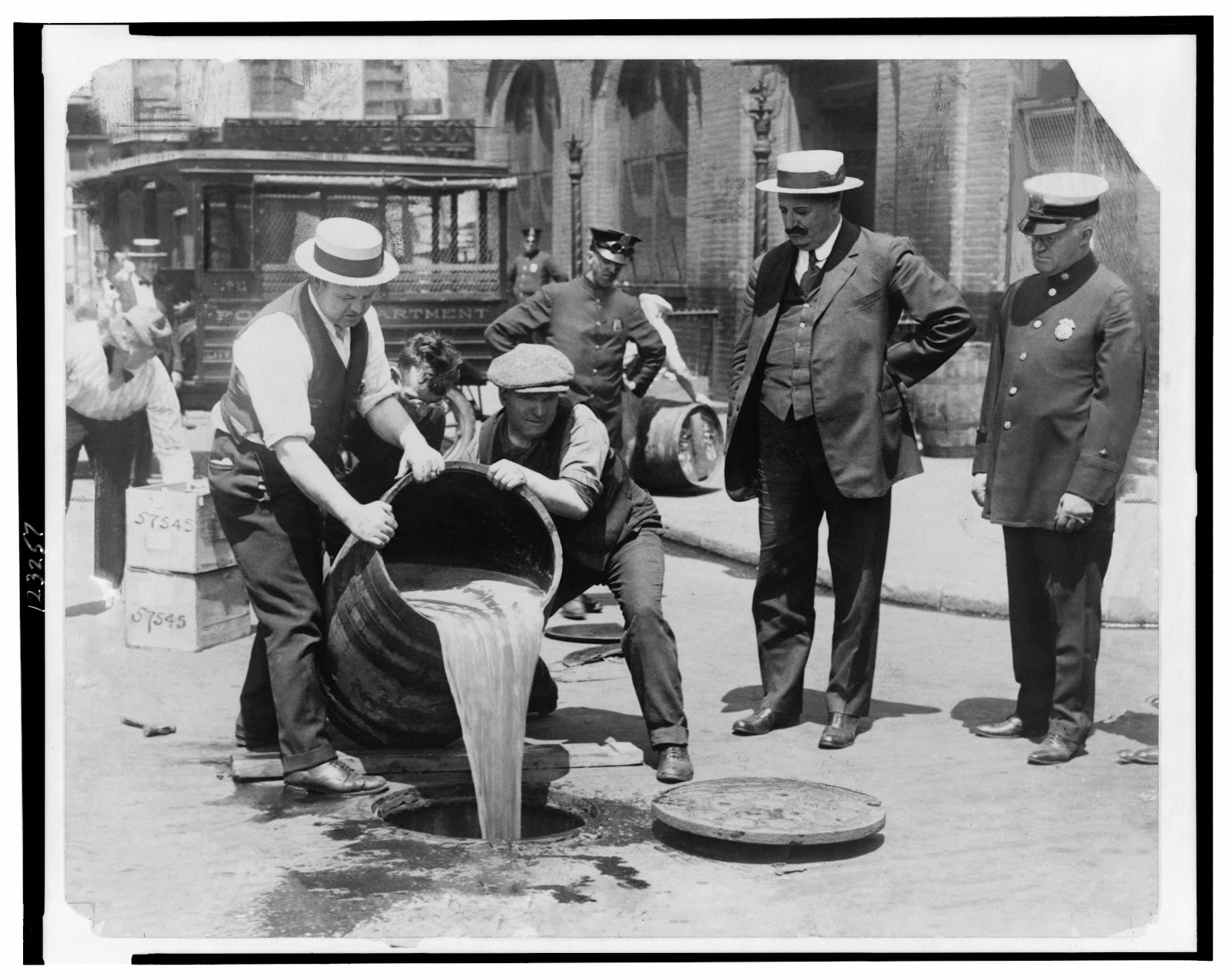 how prohibition played a role in Explain that many people had strong opinions on prohibition pass out role cards to students or groupings  women played a large role in the prohibition movement  prohibition lesson plan.