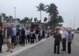 Lake Worth Early Birds: Even this late in the campaign, Bill Clinton draws crowds.