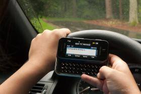 Florida is one of only 11 states that doesn't prohibit texting and driving. But drivers whose texting leads to an accident and death would be guilty of homicide under a bill filed this week in the Senate and expected to soon show up in the House.