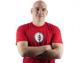 Cleveland chef and tv personality, Michael Symon