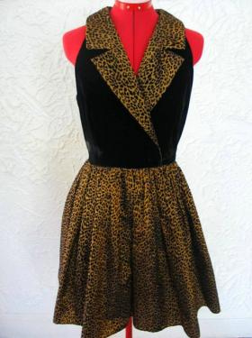 A vintage dress from Dopedoll Vintage