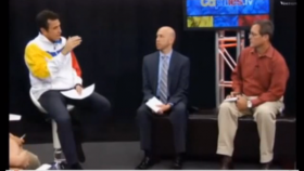 Venezuelan presidential candidate Henrique Capriles (left) responds to a question from WLRN Americas Correspondent Tim Padgett (right) on Capriles TV on Sept. 17.
